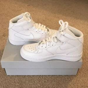 Women's Air Force 1 '07 Mid